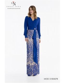 Conjunto blusa cruzada y falda encaje