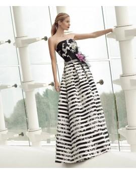 Vestido blanco/negro falda tablas