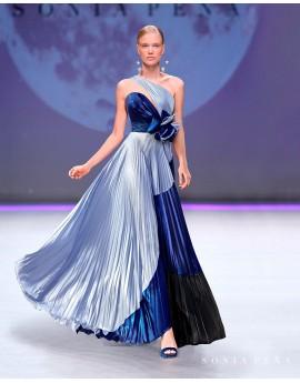 Vestido largo pasarela cristales Swarowsky
