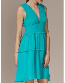 vestido liso escote amplio pico