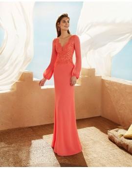 Vestido largo encaje y georgette coral